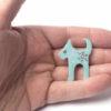 tyrkysový pes brož