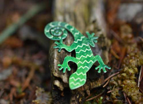 zelená ještěrka handmade brož