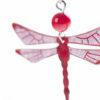 červené náušnice vážky detail