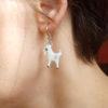 váušnice kozy na uchu