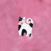 černobílá kočka brož smaltovaná