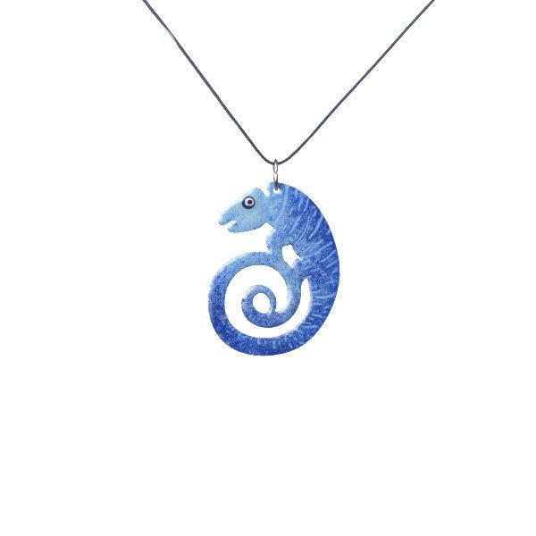 modrý chameleon přívěšek