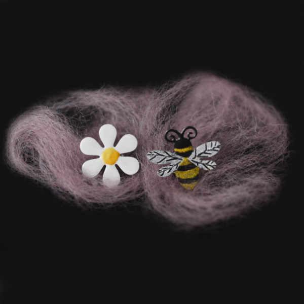 náušnice včela a kytka
