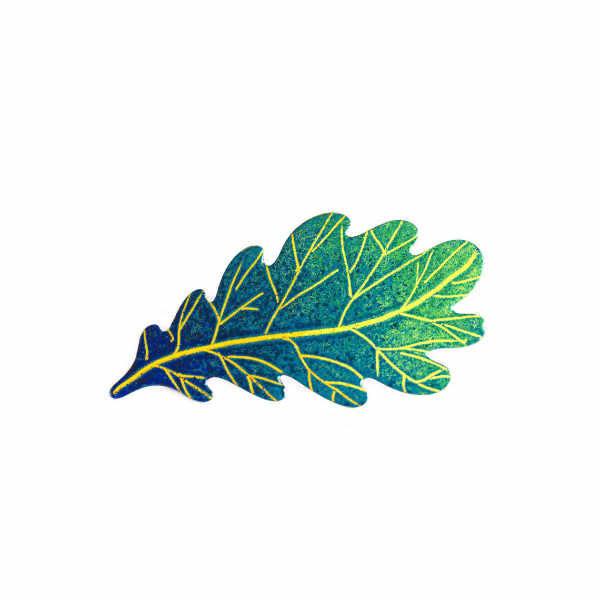 zelený dubový lístek brož